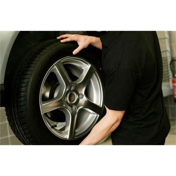 forfait montage pneu runflat montage quilibrage remplacement valve feu vert. Black Bedroom Furniture Sets. Home Design Ideas