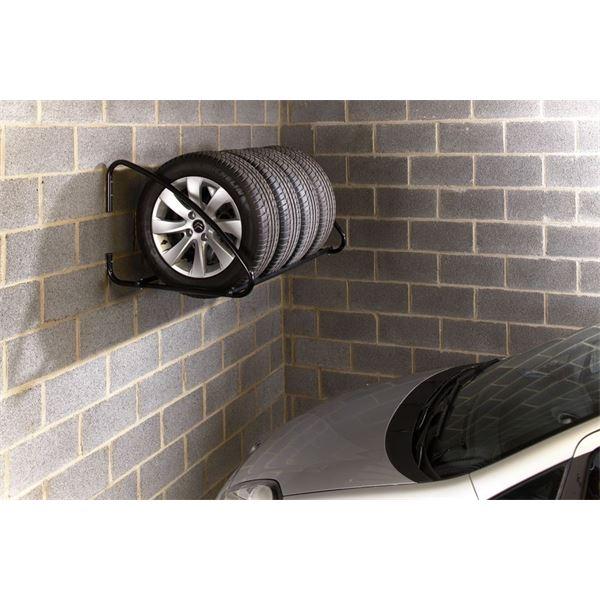 support pneu mural mottez feu vert