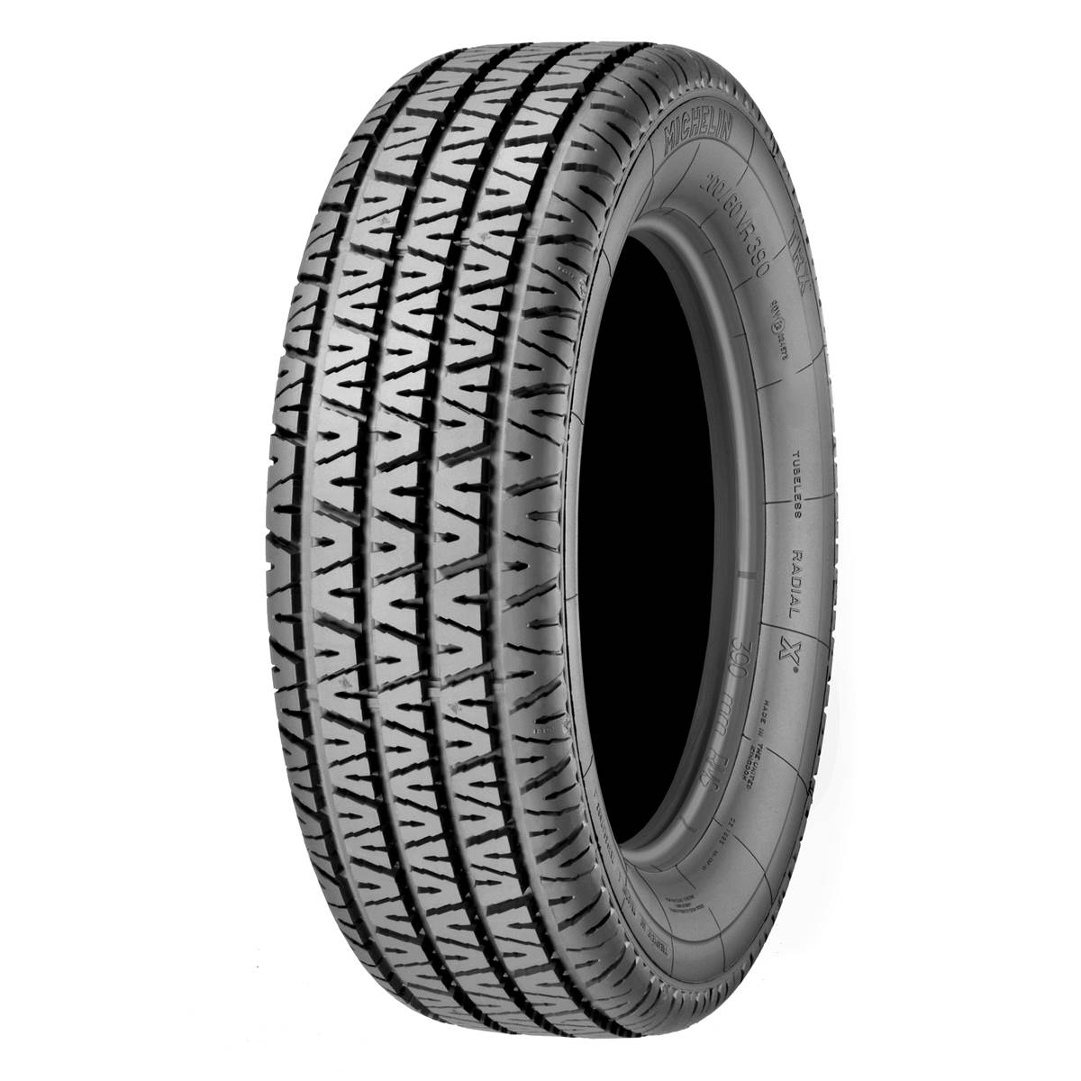 pneus 220 achat vente de pneus pas cher. Black Bedroom Furniture Sets. Home Design Ideas